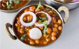 Chickpea and Potato Curry (Medium)