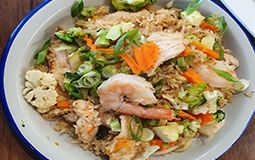 Special Fried Rice with Chicken and Prawns