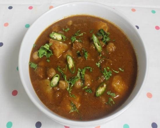 Aloo Chana Masala Curry (V)